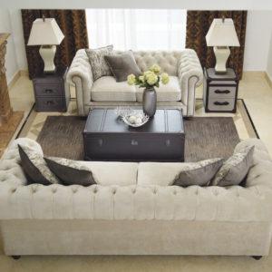 trivietė ir dvivietė sofa